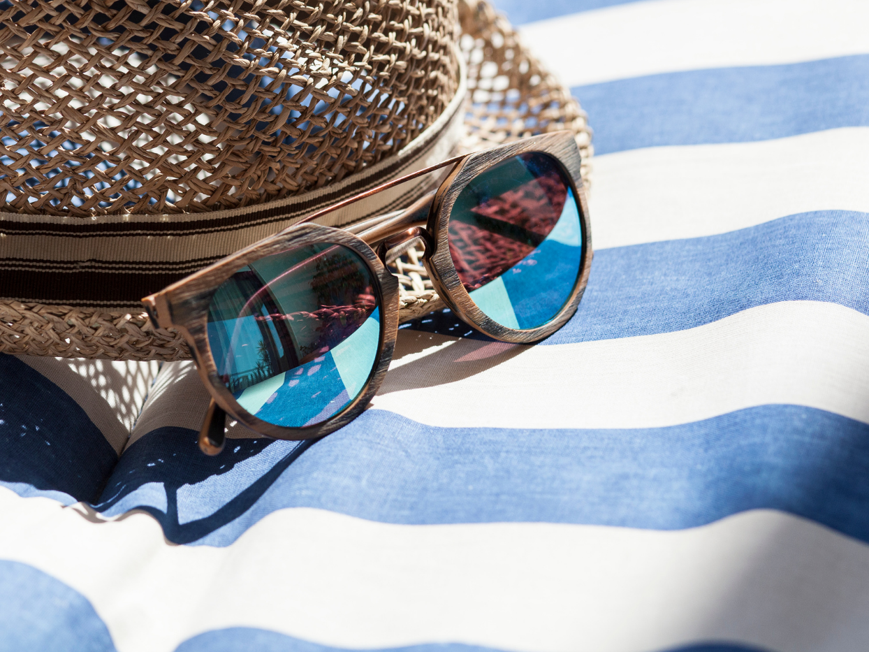 Sunshine & UV Protection For The Eyes:  Why Is It Essential?